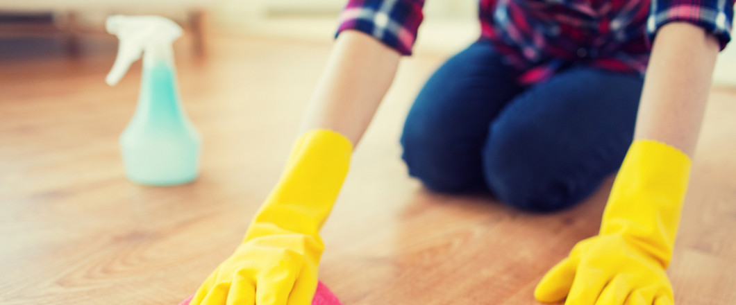 2 professional cleaners dusting and mopping in Tampa, FL